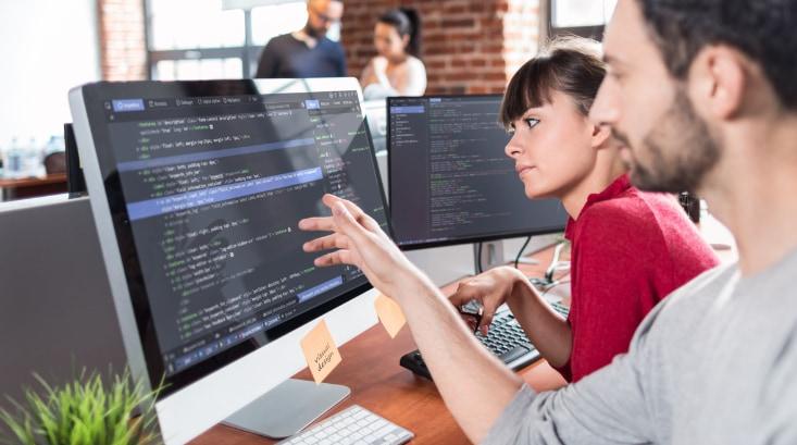 Fullstack Developer (UX Design & Backend)